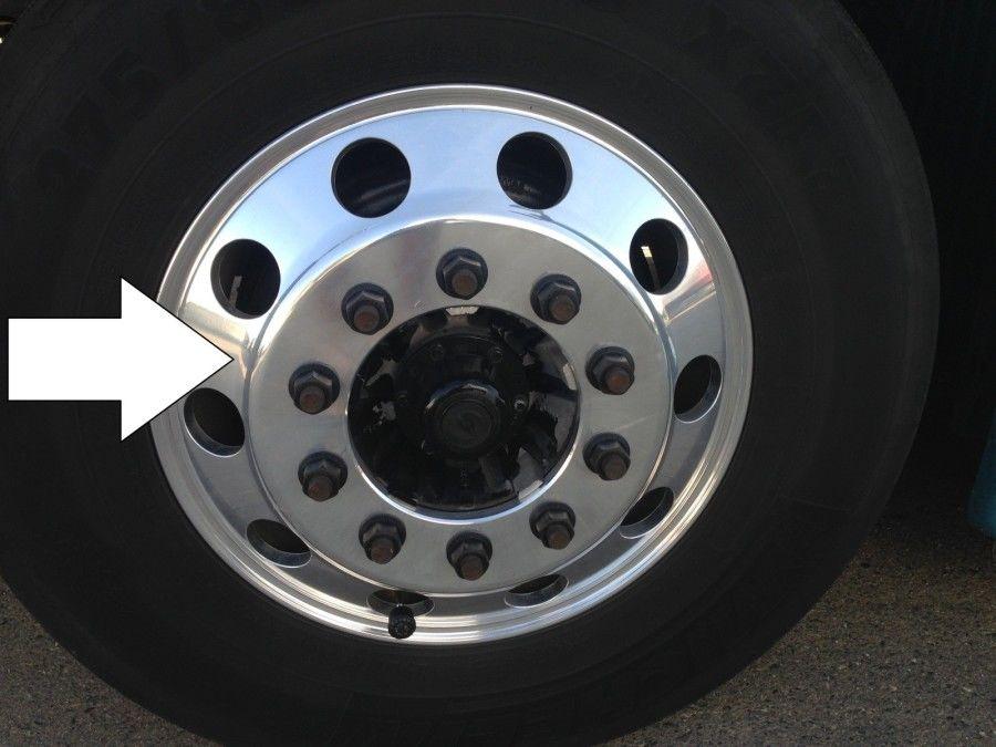 truck driver's pretrip inspection tire rim