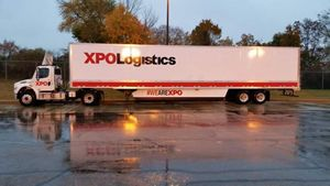 XPO logistics daycab tractor trailer