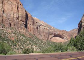 Utah-Road_scenery.jpg